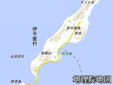 伊平屋島の前泊港
